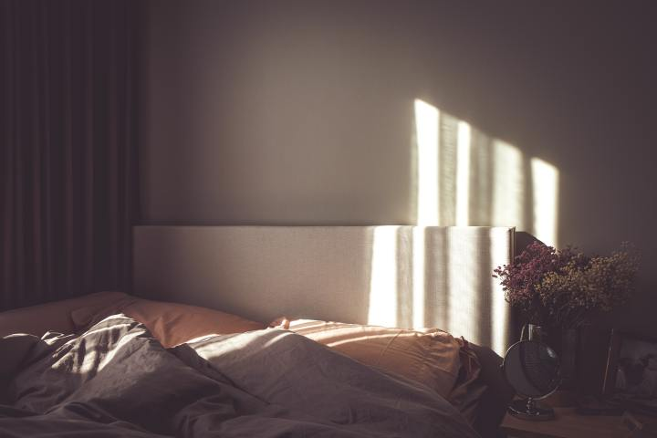 Another Day in Bed by CelineBasma