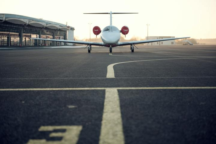 Plane by AliciaDavies