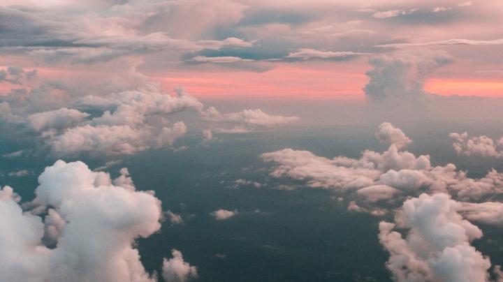 The Air; It's Alive! by JosephDarlington